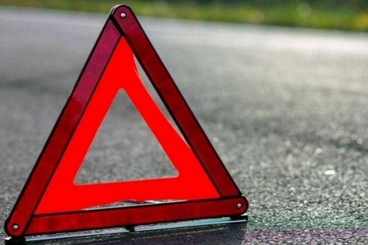 У Луцьку – ДТП: зіткнулися два автомобілі (Відео)