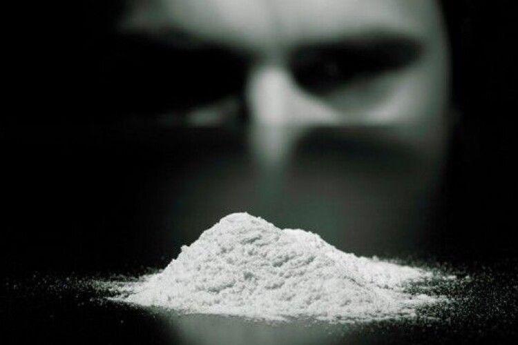 19-річний горохівчанин у Луцьку купив амфетамін і потрапив у реанімацію