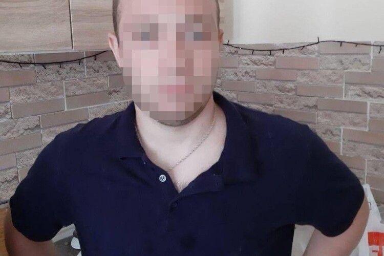 Лучанин приїхав у Київ відпочивати, але довелося мати справу з правоохоронцями (Фото)