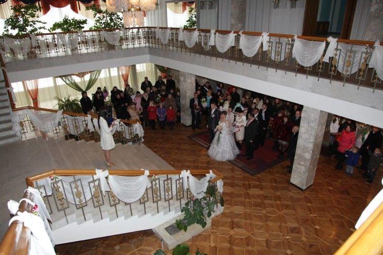 Минулого року у Луцьку одружилися 1872 пари