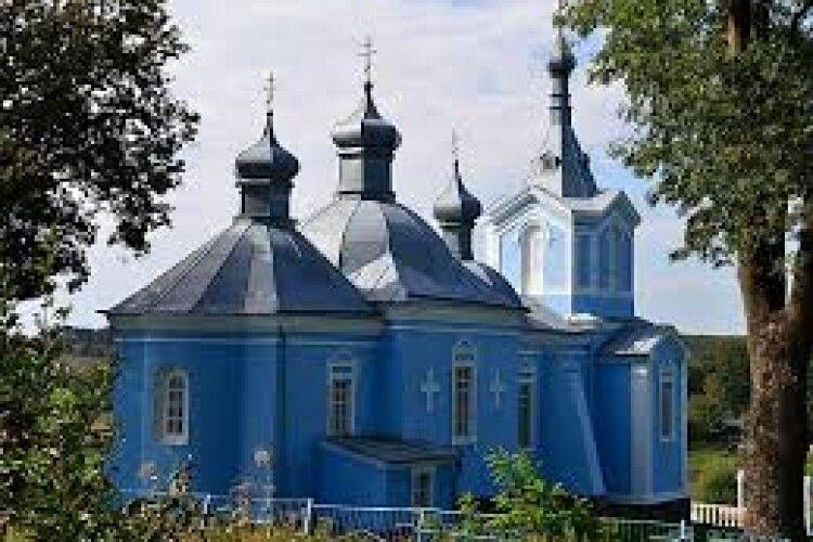 За службу на провідну неділю серед гурту людей священник з рівненської церкви Московського патріархату заплатить штраф