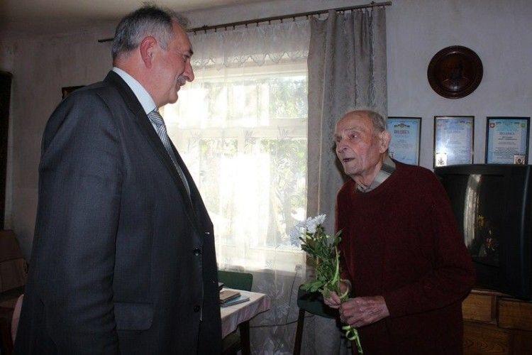 94-літній артилерист мріє про мир в Україні