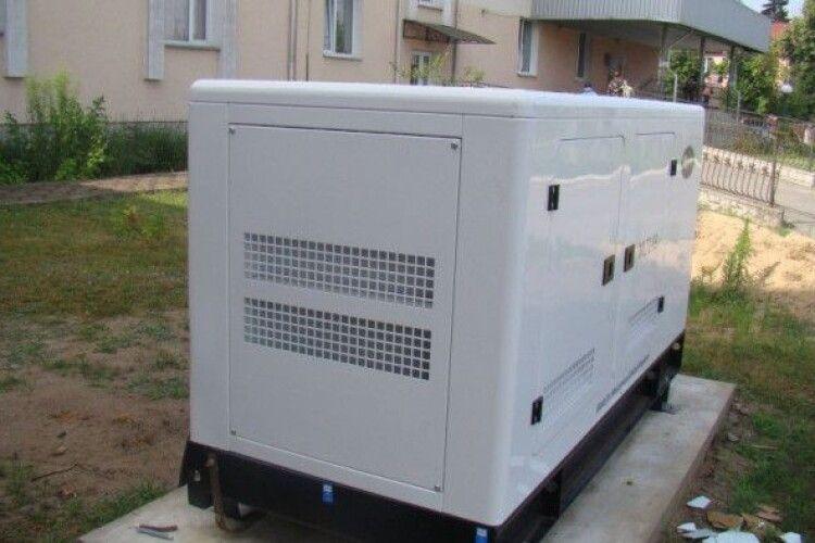 Вимкнення світла не страшне: у Шацькій лікарні встановили генератор