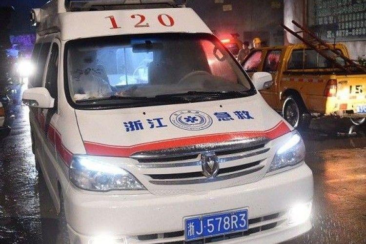 У Китаї лікарка померла, відпрацювавши 18 годин без перерви