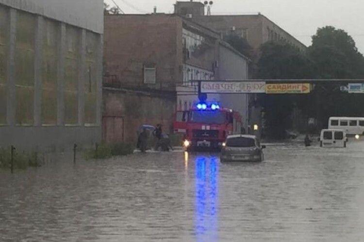Коли зупинять потопи у Рівному?