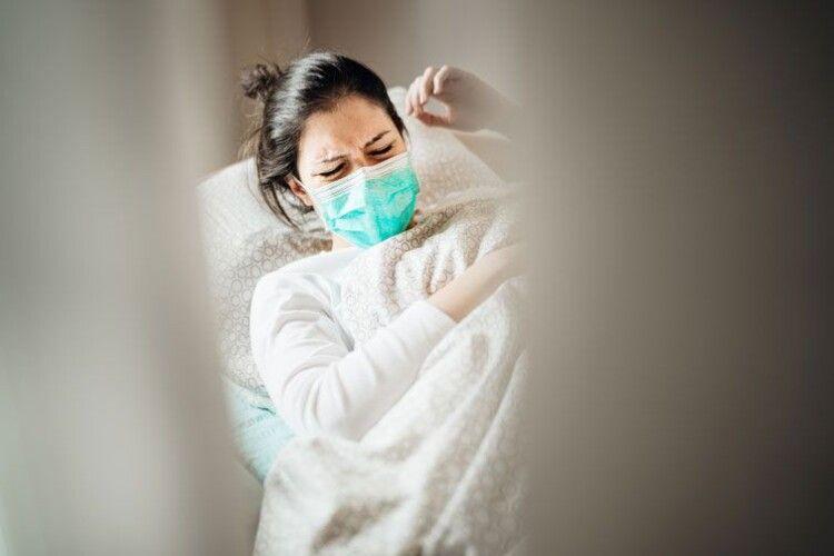 Вчені визначили, які ускладнення найчастіше спричиняє коронавірус