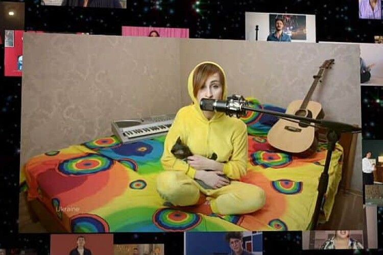Українка заспівала на «Євробаченні-2020» прямо у ліжку
