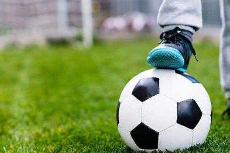 Нардеп з Луцька організував масштабний футбольний турнір – фінал буде у Луцьку