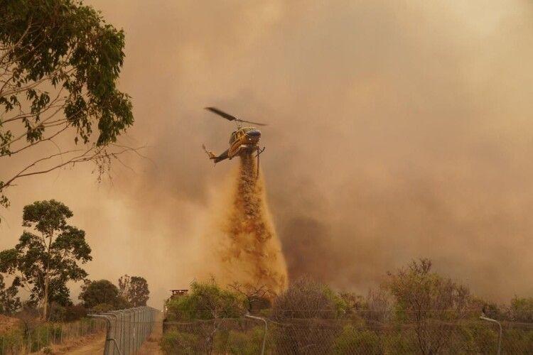 Сотні людей залишили свої домівки: Австралію знову накрили масові пожежі