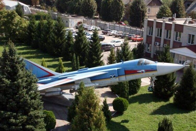 Армія замовила луцькому заводу ремонт авіадвигунів на 68 мільйонів