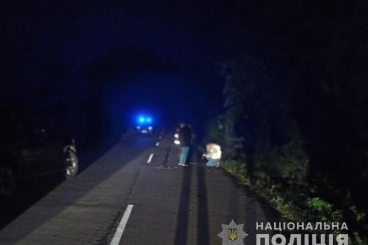 На Волині Mersedes-Sprinter насмерть збив пішохода. Допоможіть встановити особу  (Фото 18+)