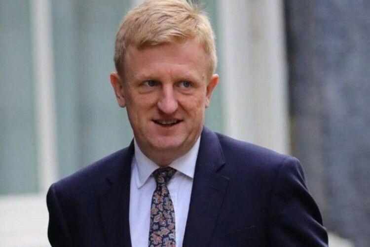 Британський міністр закликає купувати газети і підтримати журналістів у час карантину