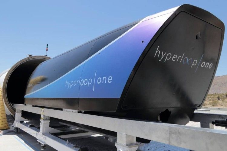 В Україні немає Маска, але буде Hyperloop