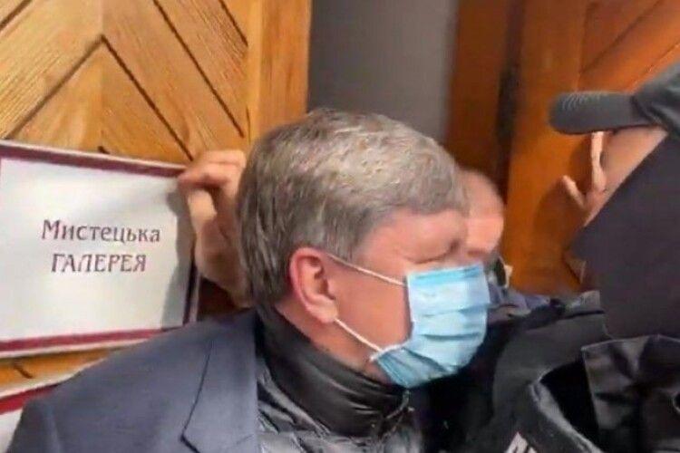 ДБР штурмом увірвалось в музей Івана Гончара – Артур Герасимов