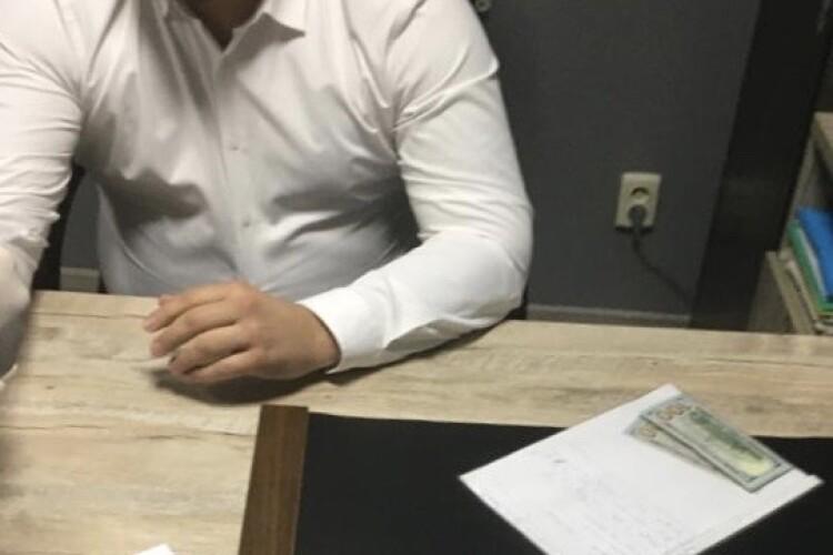 На Волині адвокату, який підбурював громадянина на хабар слідчому, повідомили про підозру (Фото)