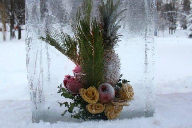 Чудове поєднання: лід та квіти