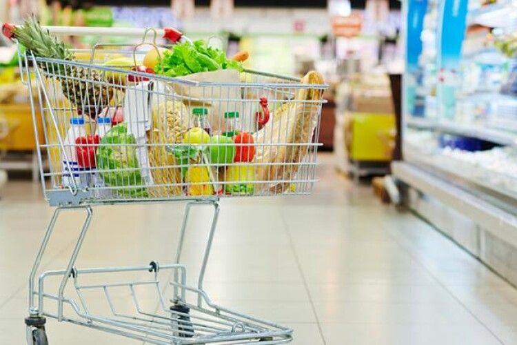 Українцям розповіли, які висоти підкорять ціни на харчі