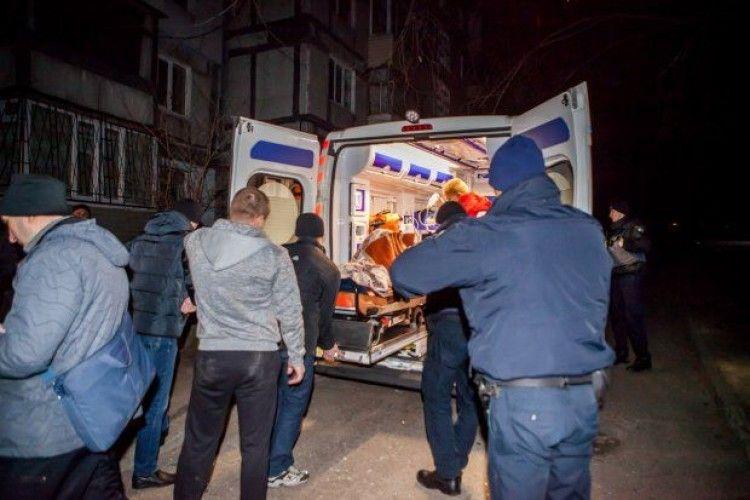У Дніпрі підірвали квартиру поліцейської: господиню поранено