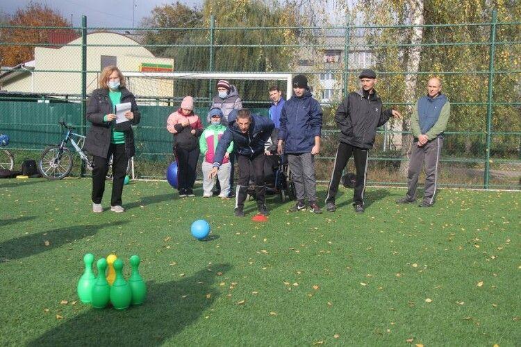 У Луцьку пройшли змагання для дітей та молоді з інвалідністю