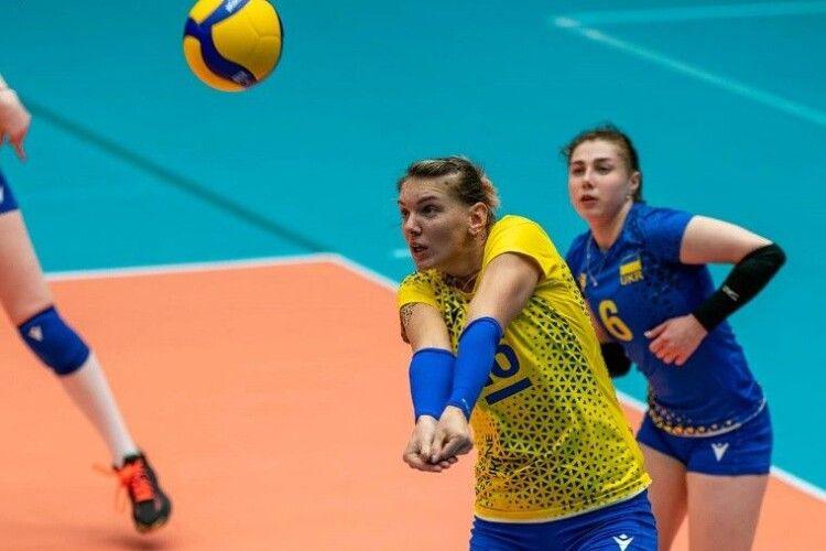 Волейбол: Надія Кодола назвала фаворитів групи українок