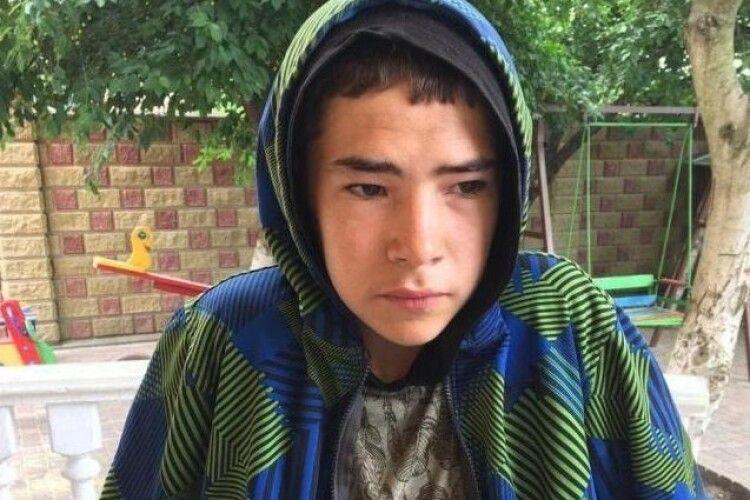 У закинутій будівлі знайшли зниклого підлітка з Рівненщини (Фото)