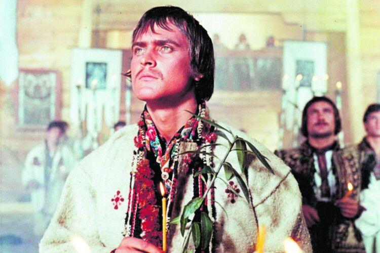 «І сказав мені Іван Миколайчук: «Кума, янарешті здійснив свою обіцянку: ванна ізшампанського— для тебе!»