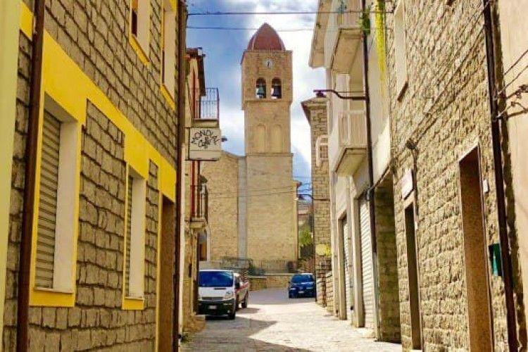 Італійські маєтки за 1 євро: містечко розпродує бажаючим 200 будинків