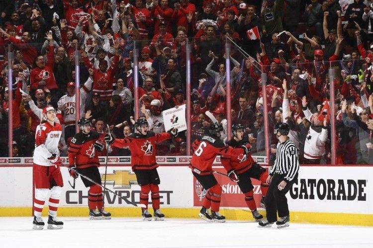 У матчі-відкритті Молодіжного чемпіонату світу з хокею канадійці познущалися з данців