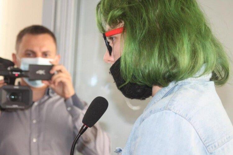 Полтавська нападниця-арбалетниця заявила у суді, що з дитинства піддавалася жорсткому булінгу (Фото)