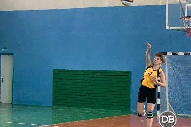 У Трускавці відбулась матчева зустріч з волейболу до дня міста (Фото, відео)