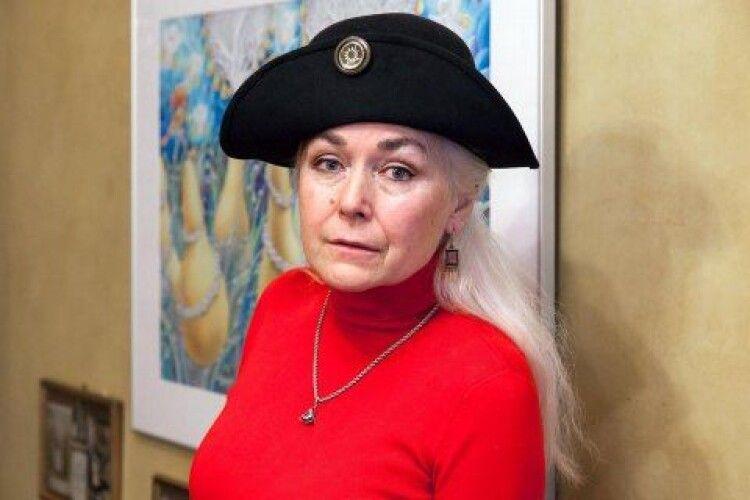 У Львові від коронавірусу померла художниця з Волині