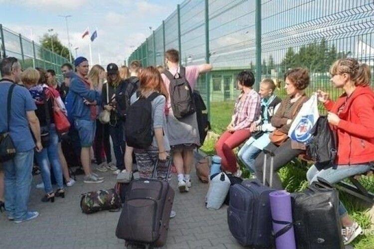 Підприємці Польщі просять уряд скасувати карантин для всіх працівників зі Східної Європи
