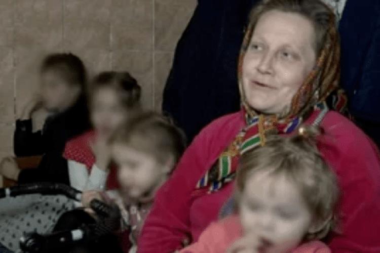 «Ми виконуємо заповідь Божу»: на Рівненщині жінка народила 19-ту дитину