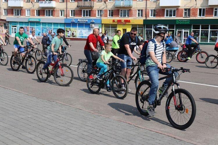У Володимирі-Волинському 218 велосипедистів одночасно проїхались вулицями міста
