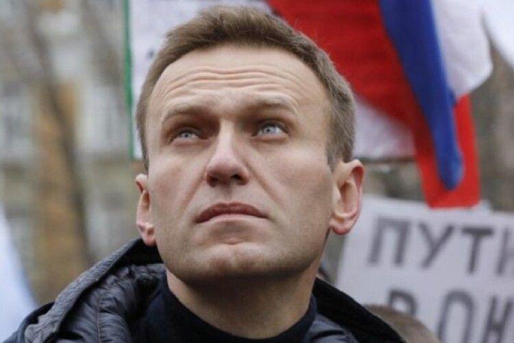 «Новачок» нанесли на труси: хімік з ФСБ, причетний до отруєння Навального, розповів деталі операції