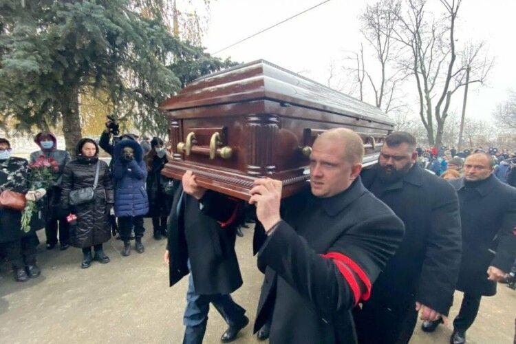 На похороні Кернеса запустили феєрверк