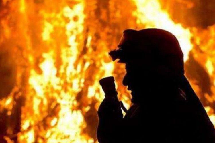 У Луцьку під час пожежі евакуювали 10 мешканців квартир
