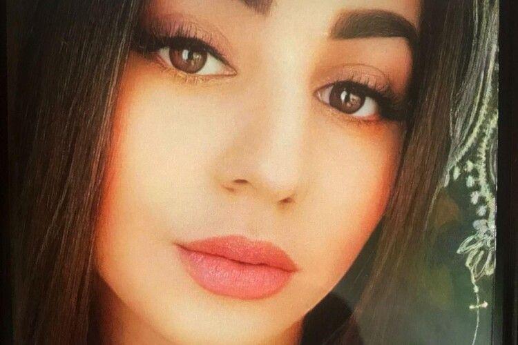 Розшукують 17-річну лучанку, яка пішла вночі з дому і не повернулася