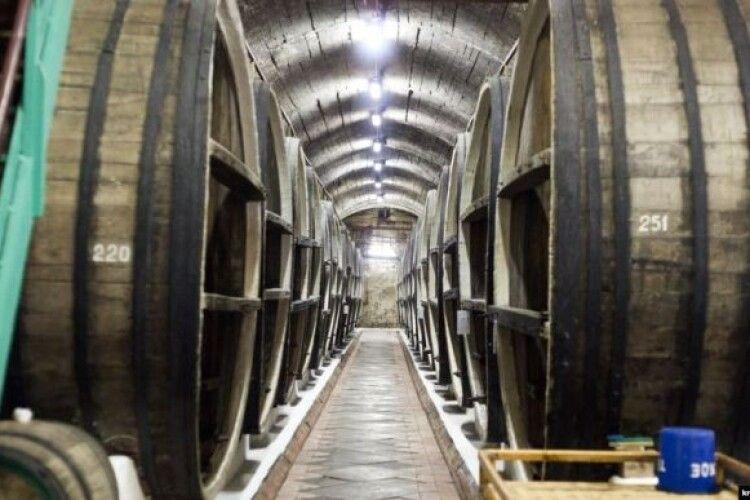 Окупаційна влада Криму хоче продати завод марочних вин «Коктебель»