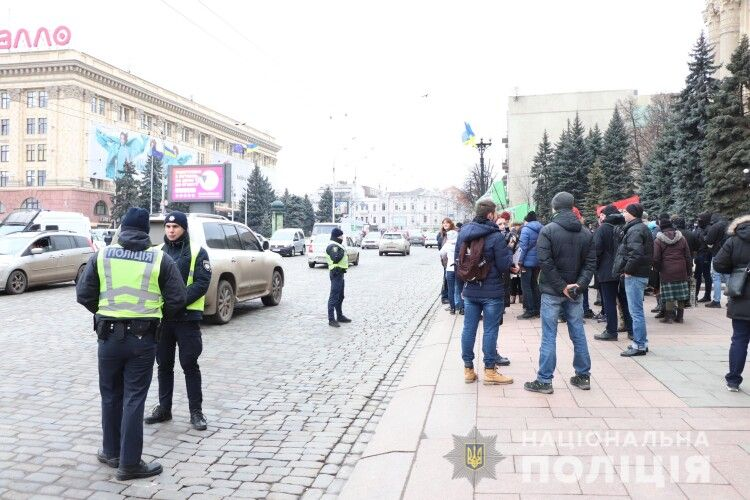 Ось вам і «какая разніца»: у Харкові вже збирали мітинг на захист російської мови