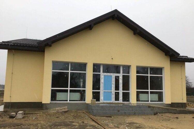 На Любешівщині добудовують амбулаторію