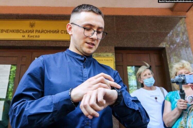 Попри всі аргументи активіста Стерненка, його залишили під домашнім арештом (Відео)