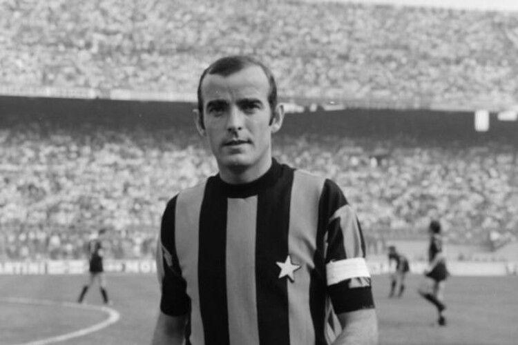 Помер відомий у минулому італійський футболіст Маріо Корсо