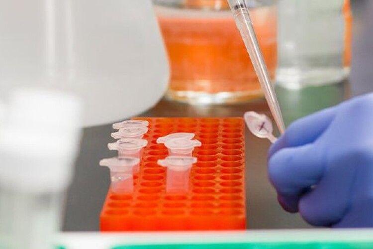 Вчені розробили новий «п'ятихвилинний» тест на коронавірус