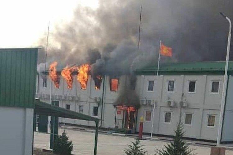 Киргизи захопили таджицьку прикордонну заставу