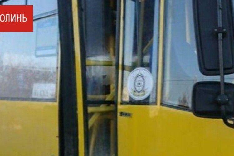 Луцьк не може самостійно відновити рух маршруток та тролейбусів