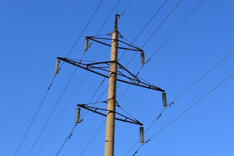 Енергетики наприкінці листопада вирішили відімкнути цілий район Рівного від електропостачання