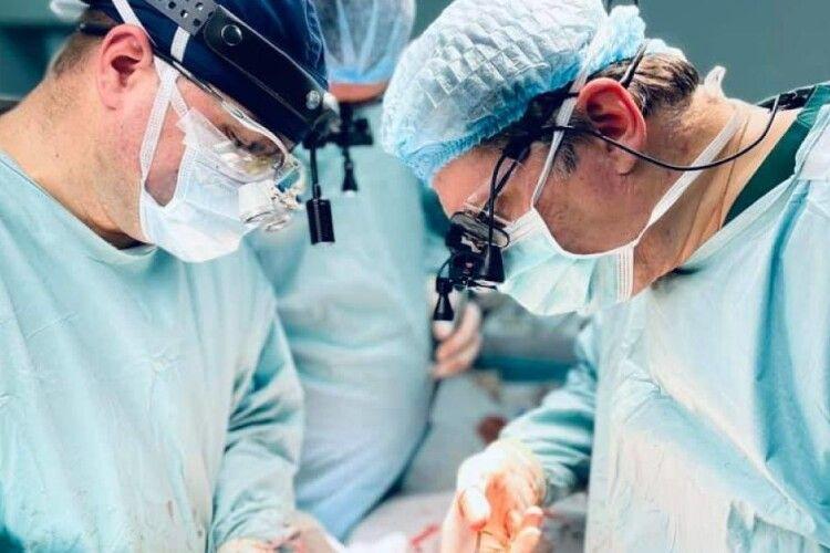 Чому до Львівської лікарні, яку очолює волинянин Олег Самчук, з'їхались українці, яким пересадили органи