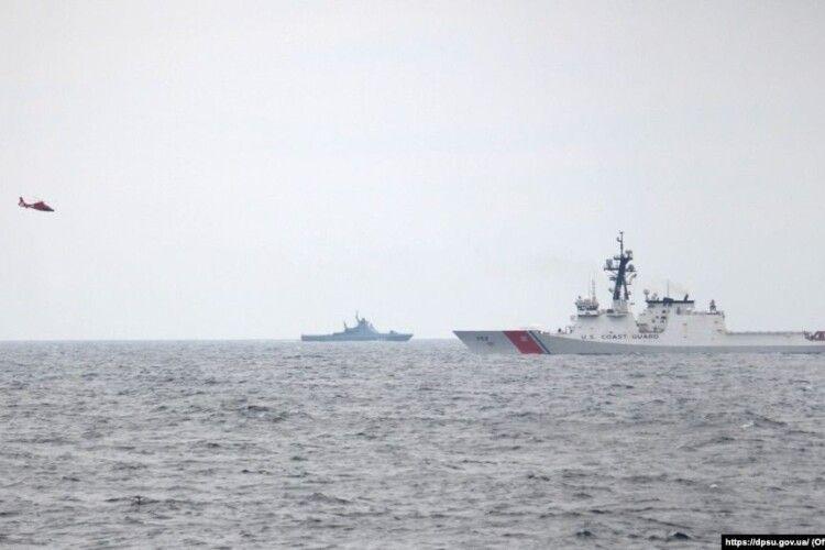 Російські кораблі заважали навчанням суден України і США в морі біля Одеси