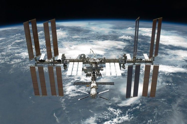 США планують продати Міжнародну космічну станцію